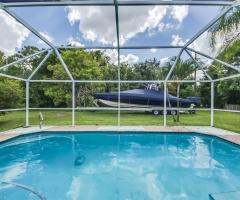Dům s bazénem na Cape Coral