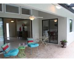 Levný dům s bazénem na Floridě, Cape Coral
