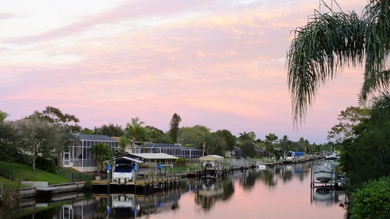Cape Coral Florida – kanál na řece