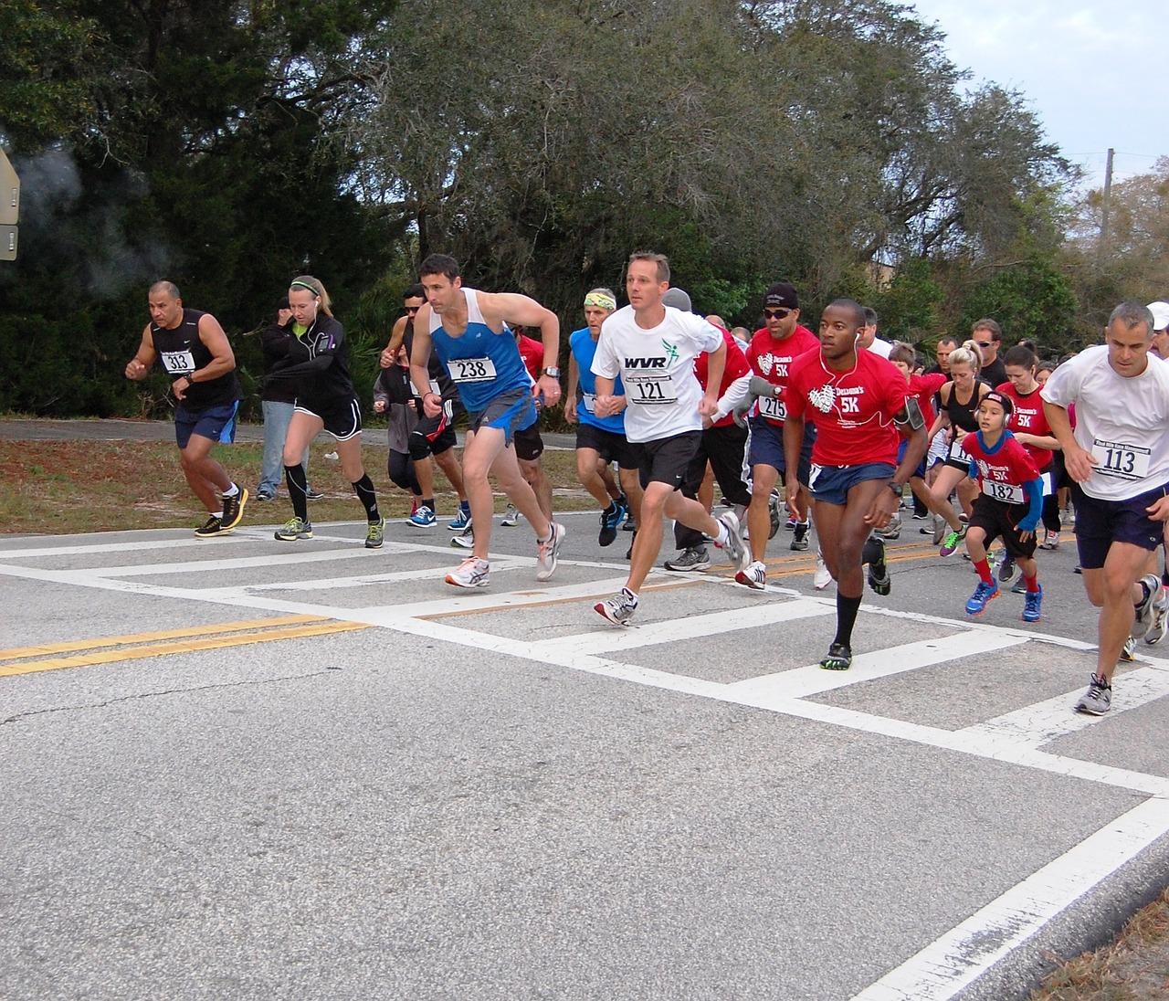 Deltona žije i sportem. Zúčastnit se můžete pravidelných běžeckých závodů pro zdraví.